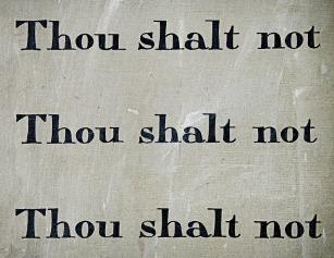 commandment-1431061_640